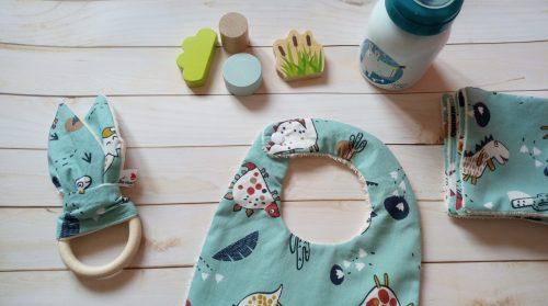 lingette lavable bavoir bébé garçon coton biologique motif dinosaure